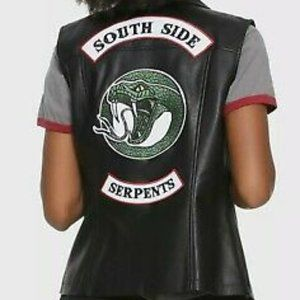Hot topic NWT Riverdale southside serpents studded vest size XL